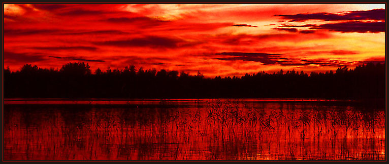 "photo ""Black`n`Red"" tags: landscape, sunset"