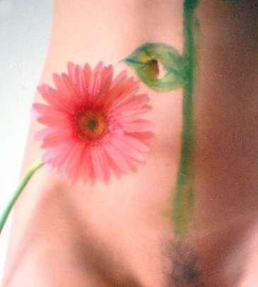 "photo ""a broken flower"" tags: nude, nature, flowers"