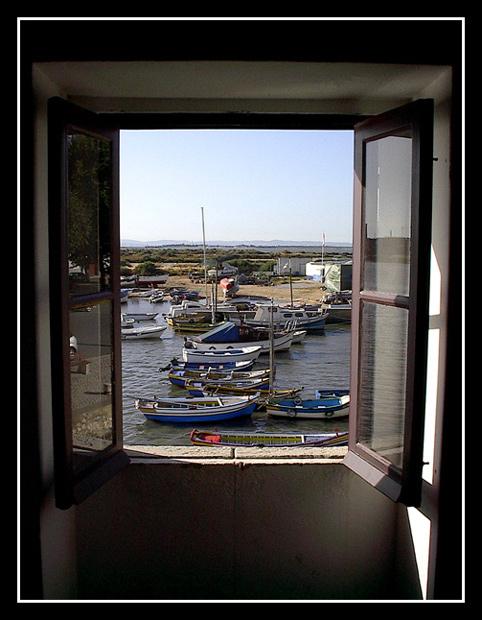 "фото ""Softening window"" метки: архитектура, пейзаж, вода"