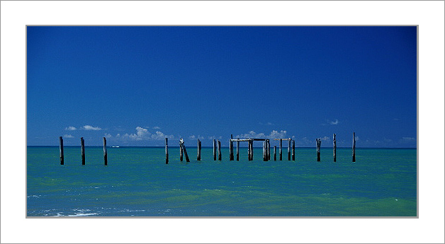 "photo ""Sea Fences II"" tags: landscape, travel, South America, water"