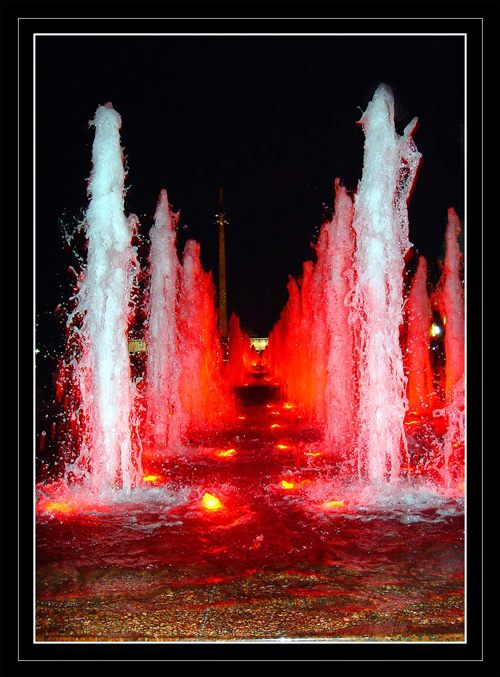 "photo """"Fountains"""" tags: architecture, landscape,"