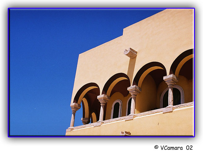 "photo ""Windows"" tags: architecture, travel, landscape, Europe"