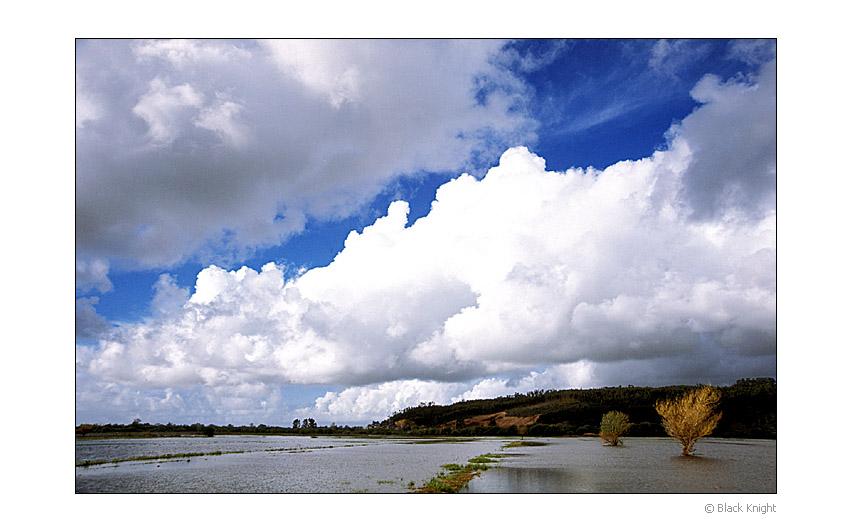 """photo """"No Limits"""" tags: landscape, clouds, mountains"""