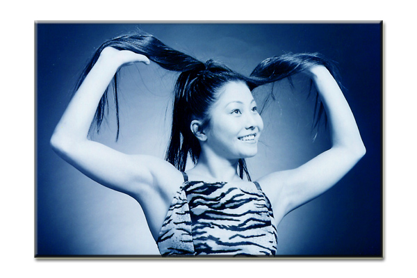 """photo """"Ambient blue"""" tags: portrait, woman"""