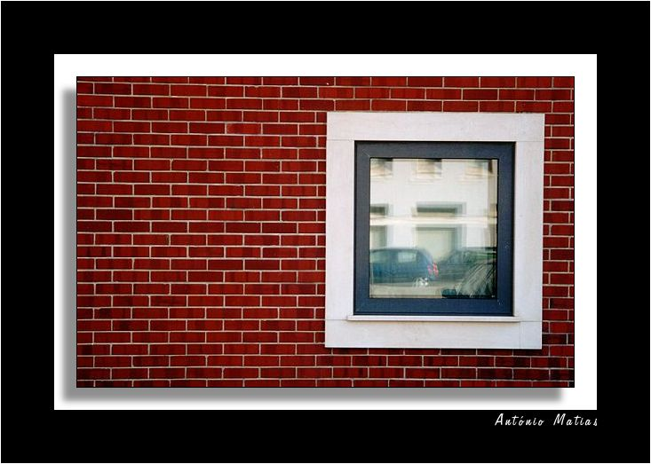 "photo ""windows solitaire"" tags: architecture, landscape,"
