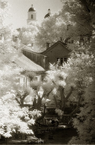 "photo ""Dreams"" tags: architecture, landscape,"