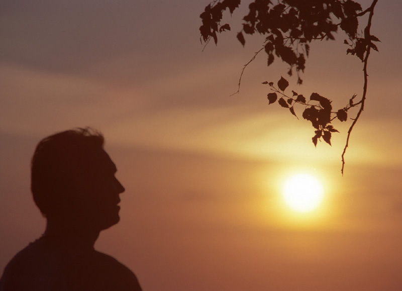 "photo ""My friend and Sun"" tags: portrait, landscape, man, sunset"