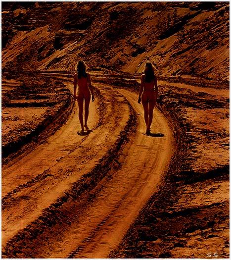 "photo ""Untitled photo"" tags: nude, landscape, sunset"