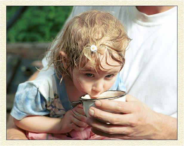 """photo """"Heat me faster!"""" tags: portrait, genre, children"""