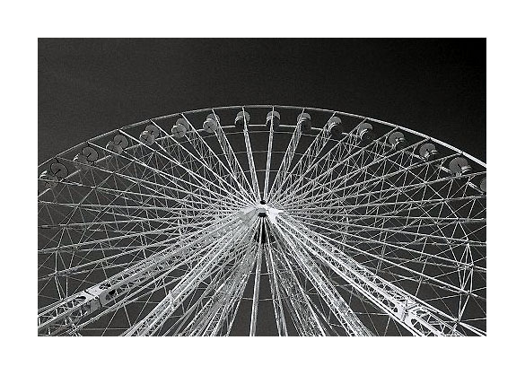 "photo ""the big wheel"" tags: abstract, travel, Europe"