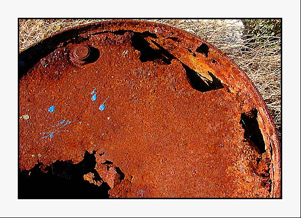"photo ""Rusty"" tags: abstract,"