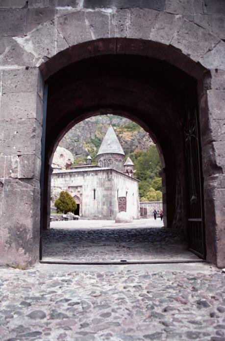 """фото """"Монастырь Гегард (X век)"""" метки: архитектура, разное, пейзаж,"""