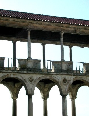 "фото ""columns"" метки: архитектура, пейзаж,"