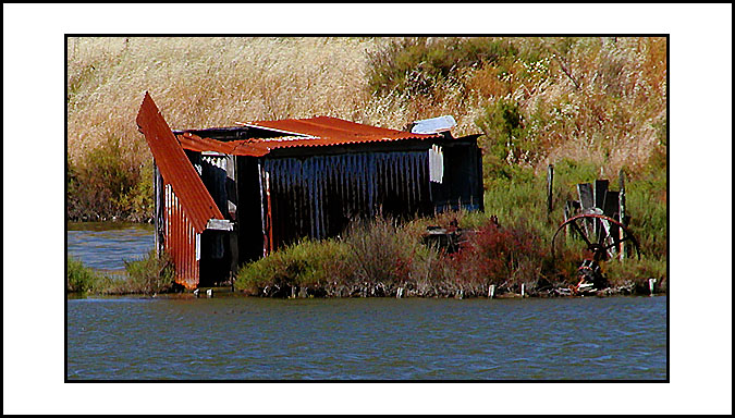 "photo ""Tin House"" tags: landscape, water"