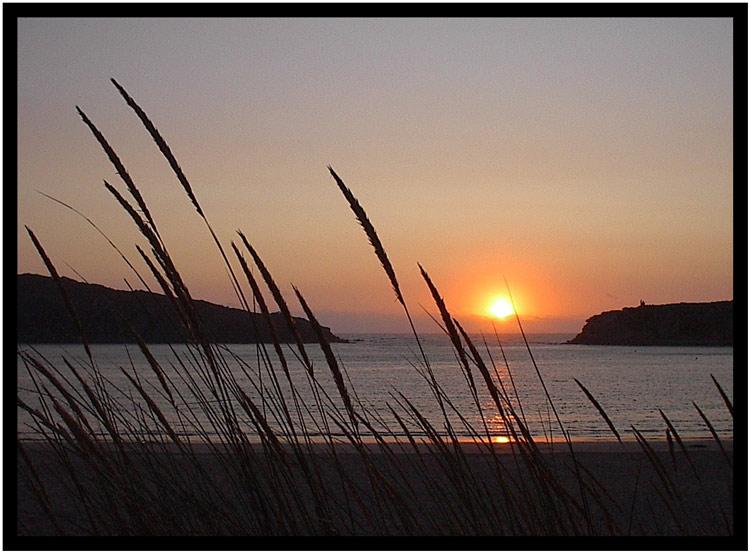 "фото ""Sunset thoughts"" метки: пейзаж, вода, закат"