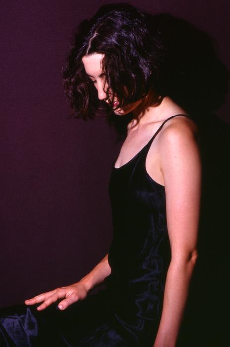 """photo """"noir"""" tags: portrait, woman"""