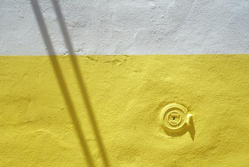 "photo ""lemonwall"" tags: architecture, abstract, landscape,"