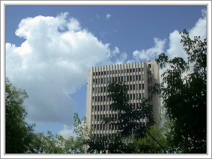 "photo ""Urban midday"" tags: architecture, landscape, clouds"