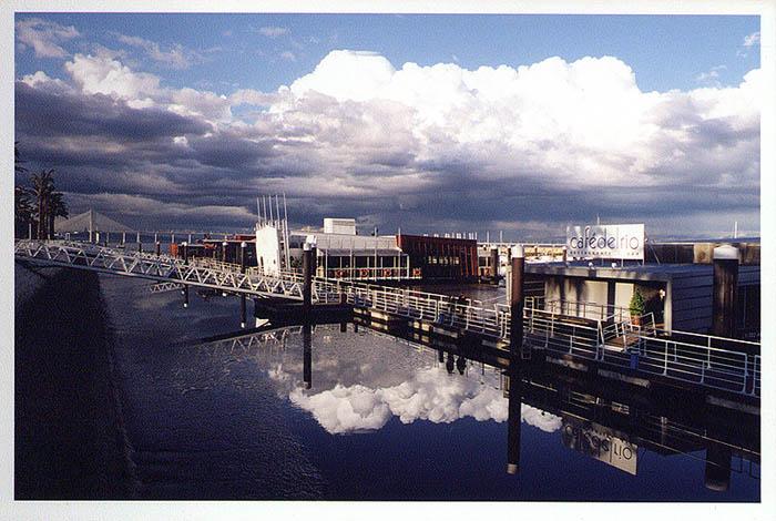 "photo ""Reflexos"" tags: architecture, landscape,"