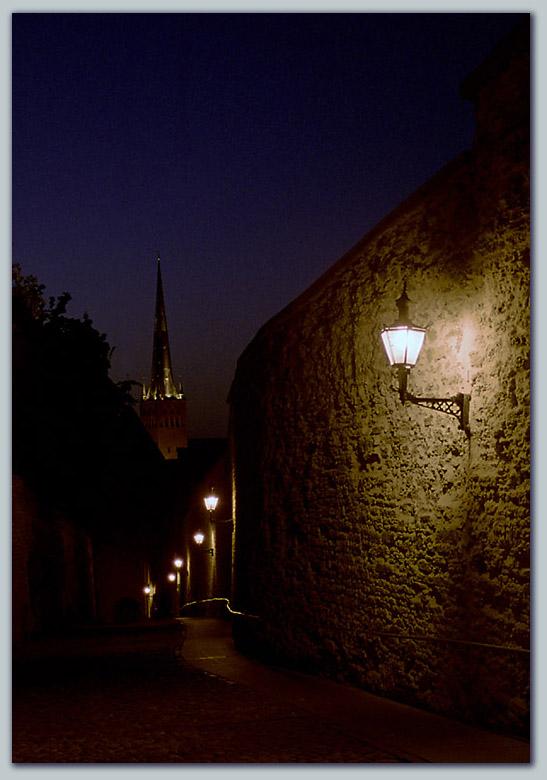 """фото """"""""Пограничная"""" улица"""" метки: путешествия, пейзаж, Европа, ночь"""