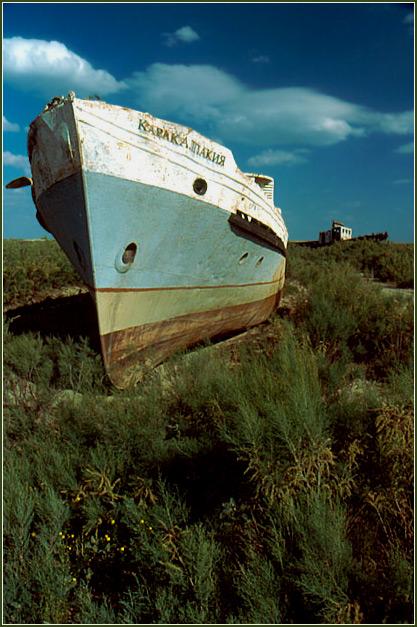 "фото ""Boat Cemetery - Aral Sea"" метки: путешествия, репортаж, Азия"
