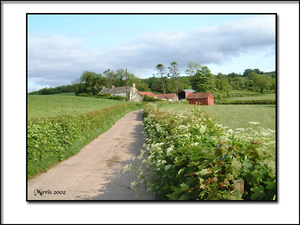 "фото ""A Farm in County Tyrone"" метки: пейзаж, весна, облака"