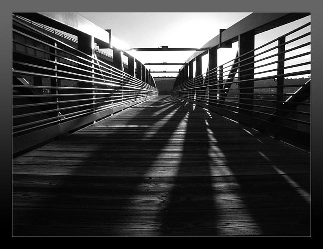 """фото """"The bridge of lines"""" метки: абстракция,"""