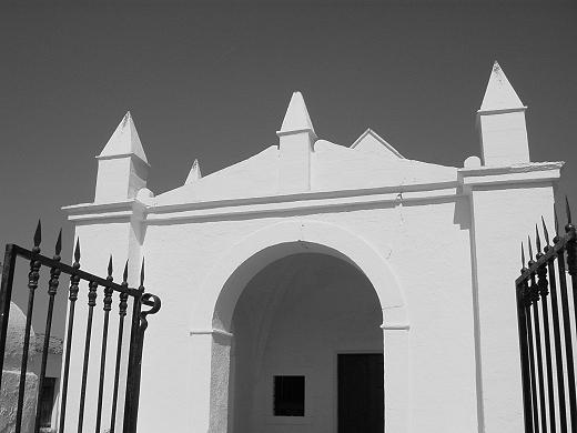 "фото ""White church"" метки: архитектура, пейзаж,"
