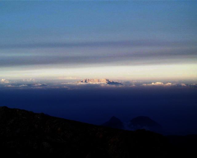 """фото """"Небесный остров"""" метки: пейзаж, фотомонтаж, горы"""