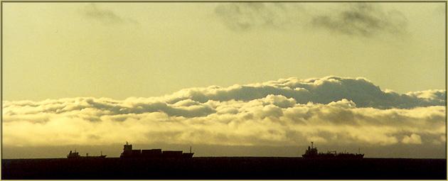"""фото """"Sunset boats"""" метки: пейзаж, путешествия, Европа, закат"""