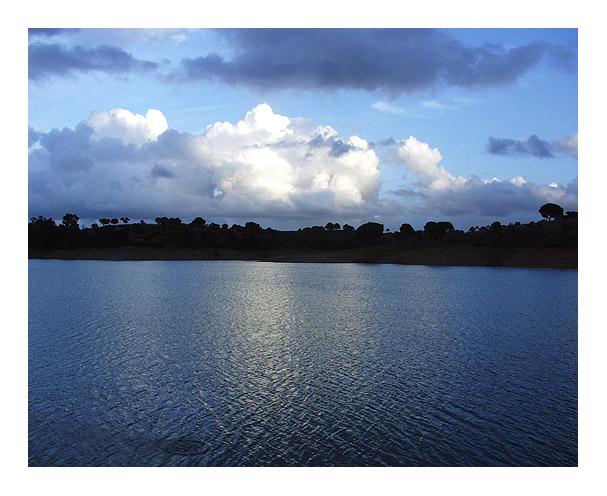"фото ""Some clouds"" метки: пейзаж, вода"