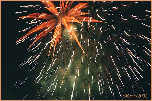 "фото ""Fireworks at Mottisfont Abbey"" метки: репортаж, пейзаж, ночь"