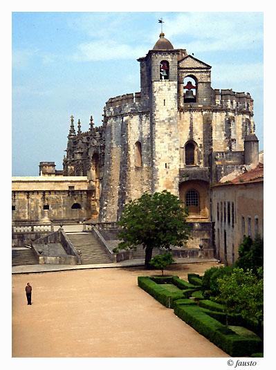 "фото ""Castelo dos Cavaleiros Templarios"" метки: путешествия, Европа"