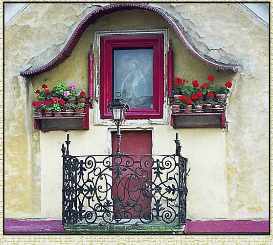 "photo ""Window in Europe"" tags: genre, travel, Europe"