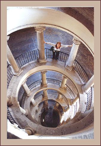 """photo """"Scala del Bramante"""" tags: architecture, landscape,"""