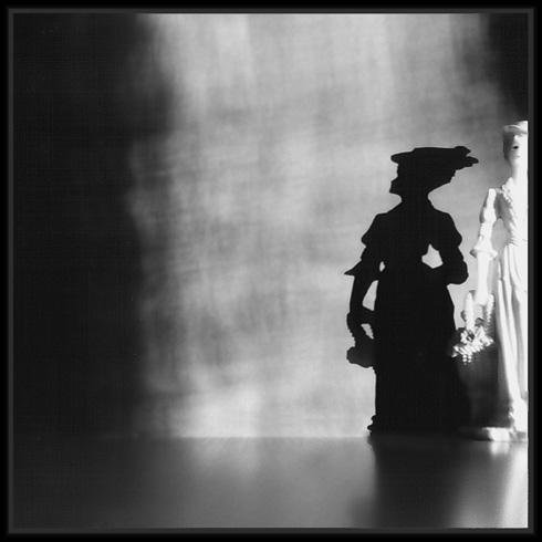 "photo ""Dark avenues"" tags: still life, misc.,"