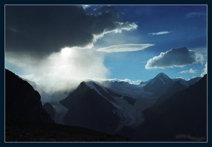 """фото """"каприз"""" метки: пейзаж, горы, облака"""