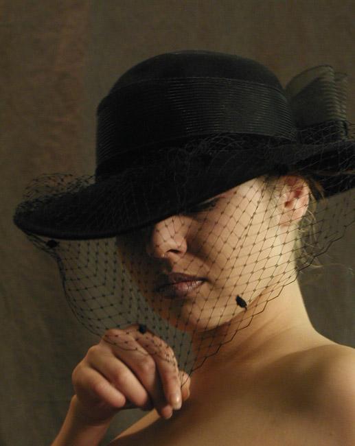 """фото """"Ещё в шляпке..."""" метки: портрет, жанр, женщина"""