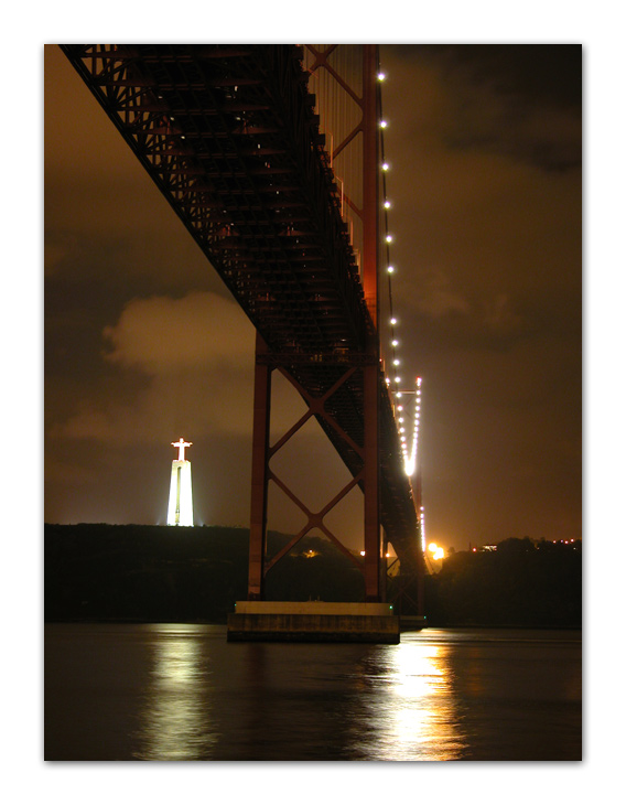 "photo ""Bridge over the river Tagus"" tags: landscape, night"