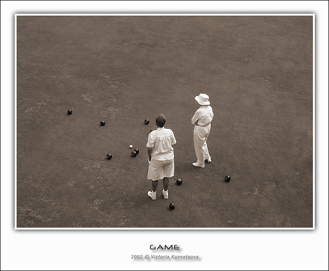 "photo ""The game"" tags: genre, sport,"