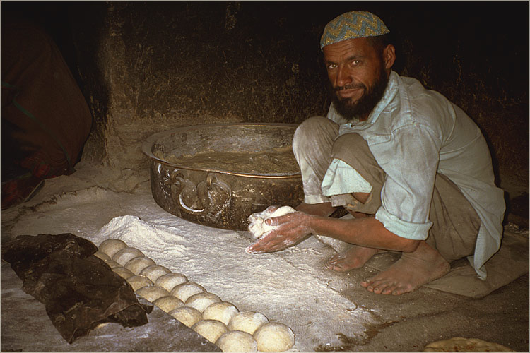 "photo ""A baker. ( Afghanistan )"" tags: travel, Asia"