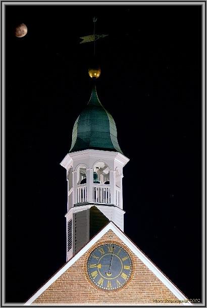 "фото ""Bell Tower under the Moon"" метки: архитектура, пейзаж, ночь"