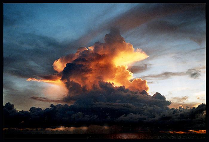 "photo ""Fantasy"" tags: landscape, sunset"
