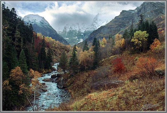 "photo ""Autumnal calendar. October 16, 2002."" tags: landscape, autumn, mountains"