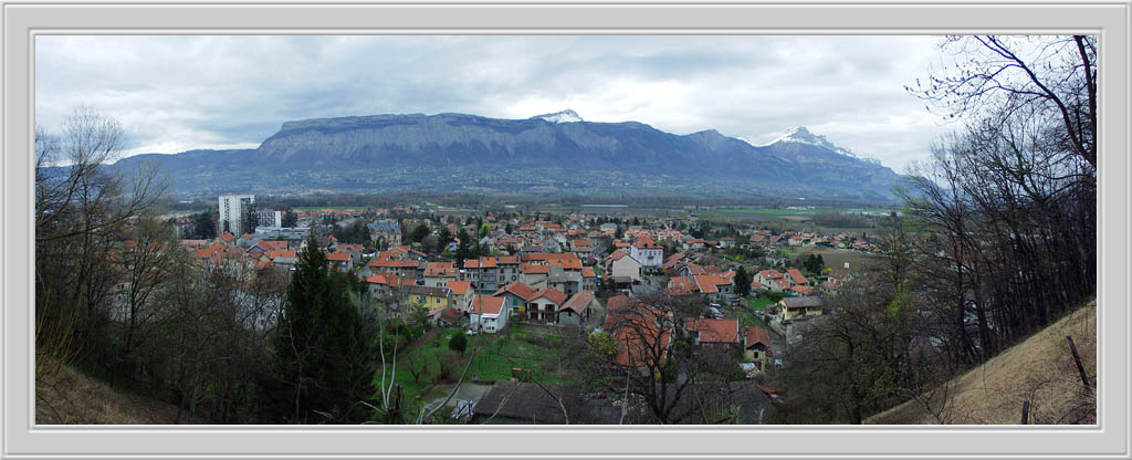 "photo ""A Town Near Grenoble"" tags: travel, Europe"