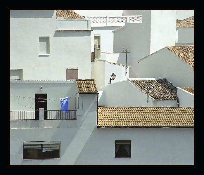 """photo """"The blue towel"""" tags: architecture, landscape,"""