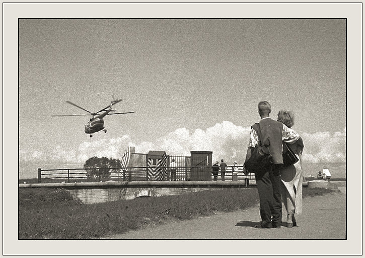 "photo ""As see off helicopters"" tags: genre, travel, Europe"