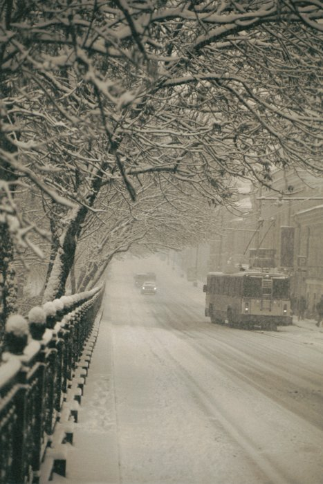 "photo ""First snow in Moscow. Boulevard"" tags: landscape, architecture, winter"