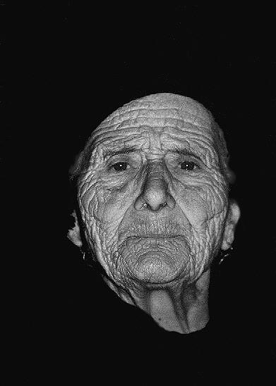 "фото ""Knowledge and good sense..."" метки: черно-белые, портрет, женщина"