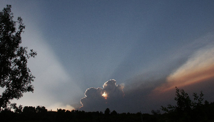 "фото ""the last sunbeam"" метки: пейзаж, облака"